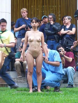 Recortepor la Linea (Cut Through the Line) Production stills from video performance. Regina José Galindo, 2005