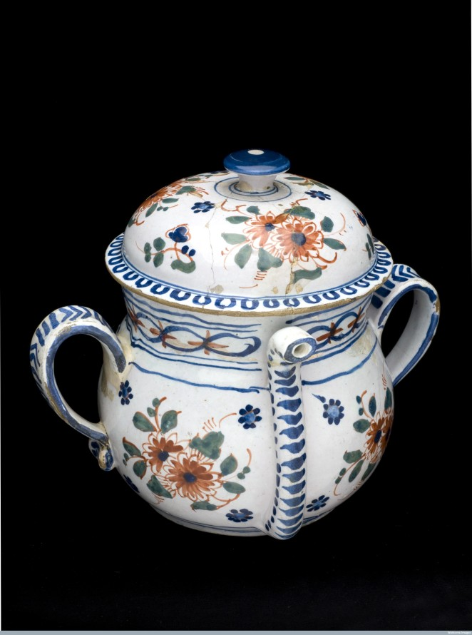Posset pot with lid, England, 1701-1800. Credit: Science Museum, London. Wellcome Images