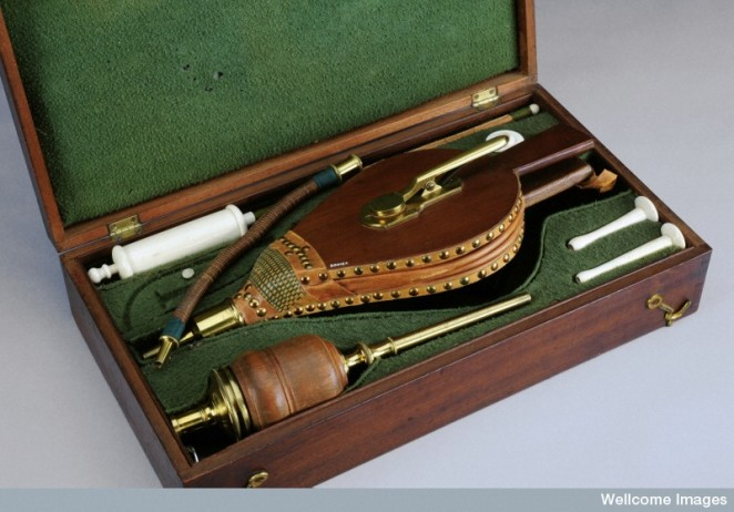 Resuscitation set, 1801-1850.