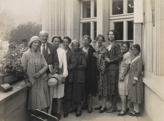 The Zurich Birth Control Conference, Sept 1930. Margaret Sanger is on the far left. Image credit: Wellcome Library.